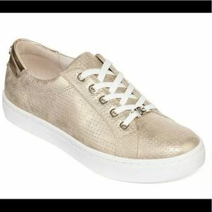 NWOB Liz Claiborne Women's Sneakers Metallic Gold
